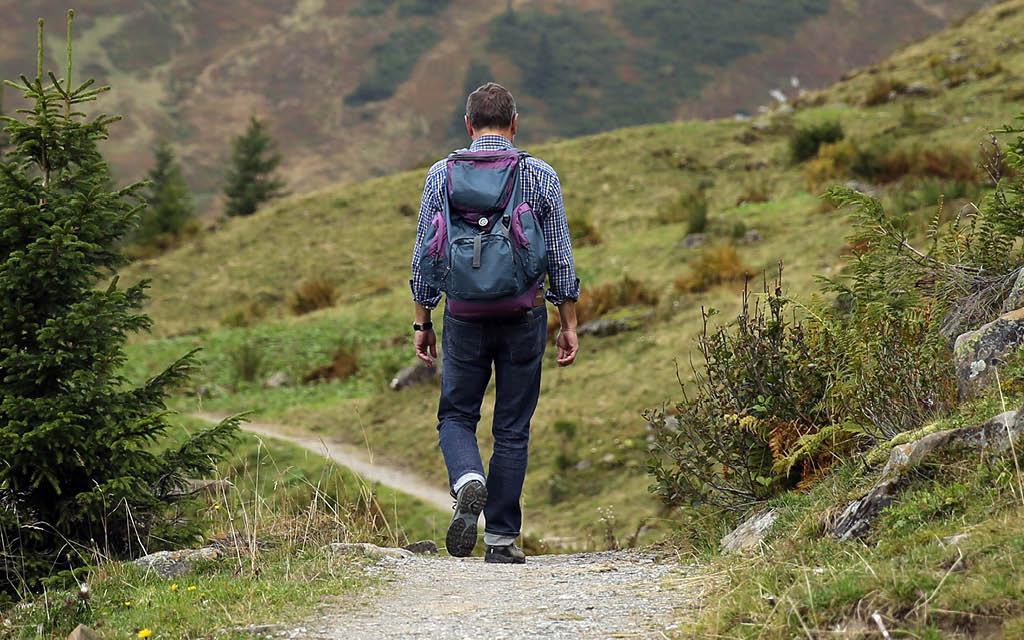 Tipos de actividades de montaña: senderismo
