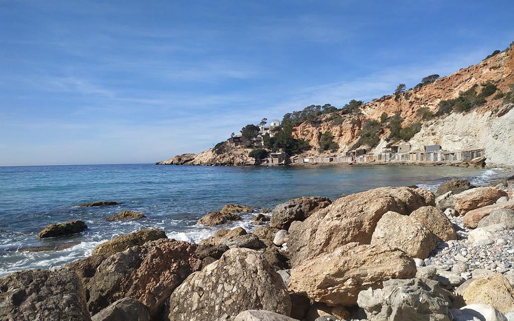 d'Hort es una de las calas de Ibiza que no te puedes perder.