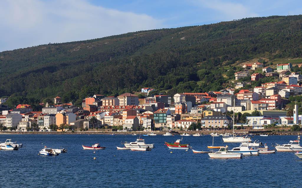 Corcubión es uno de los pueblos costeros de A Coruña que no te puedes perder.