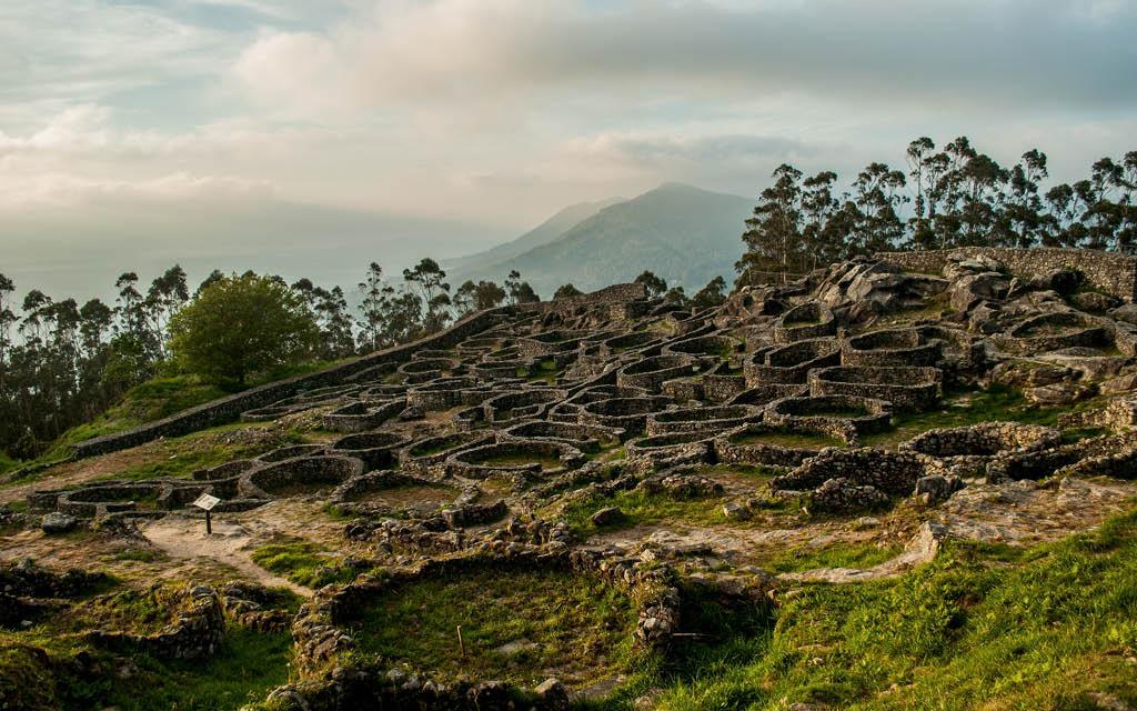 Monte de Santa Tegra es una de las cosas obligatorias que ver en A Guarda