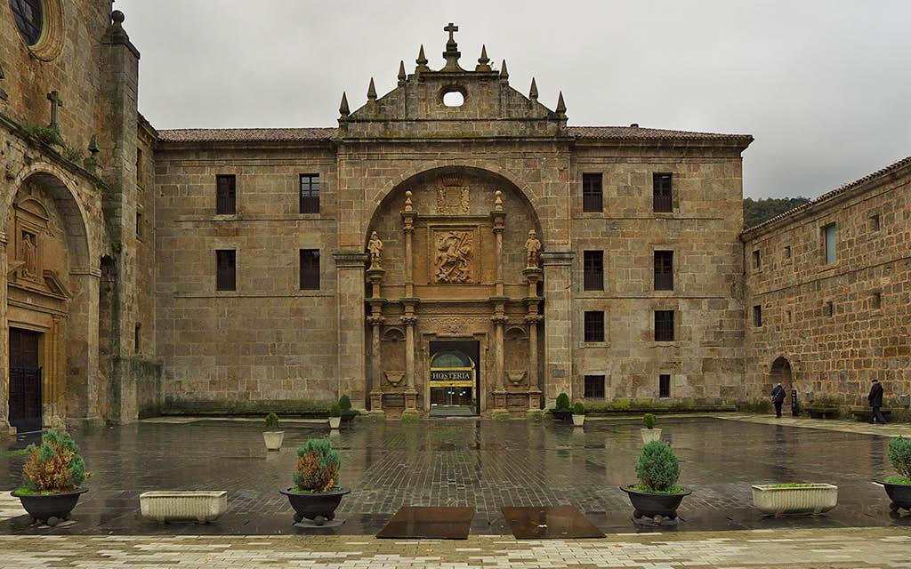 Monasterio de Yuso en San Millán de la Cogolla en La Rioja