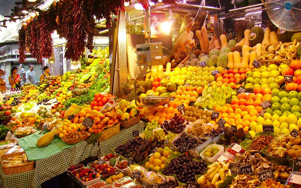 El Mercat de la Boqueria es una de las cosas para no perderse en Barcelona