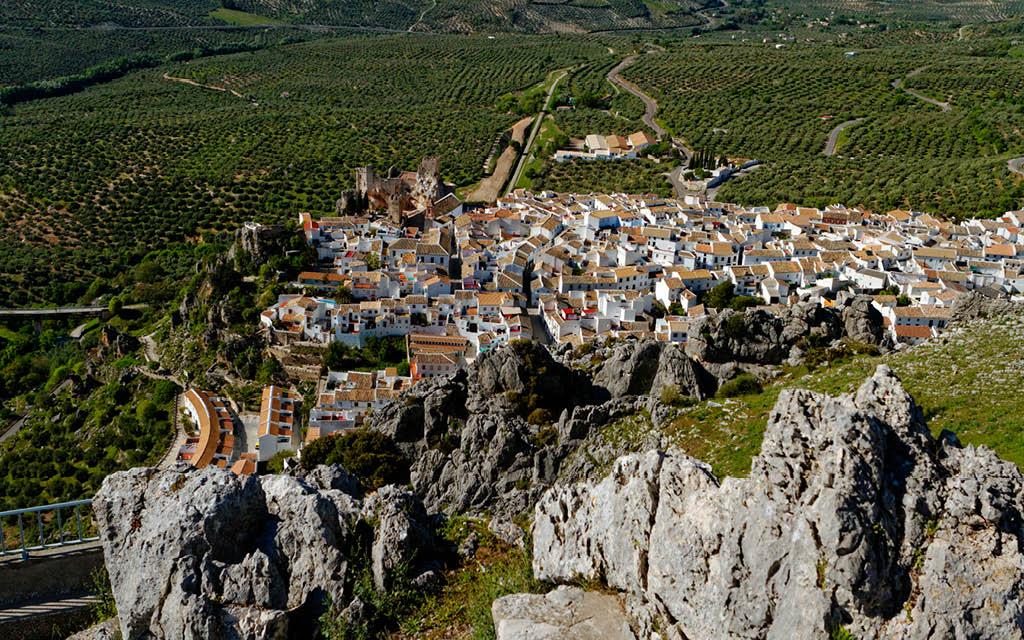 Lugares desconocidos, con encanto y ocultos de Andalucía: Zuheros.