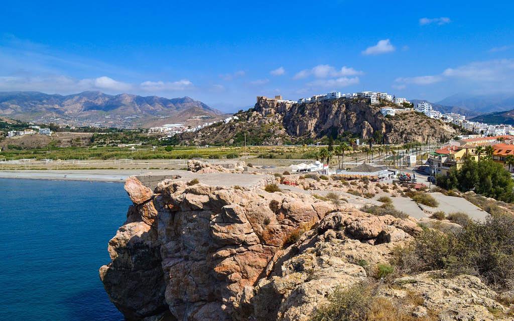 Salobreña es uno de los pueblos más bonitos de Andalucía con playa