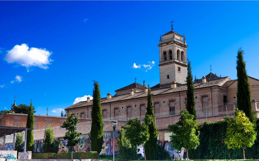 El Monasterio de San Jerónimo es un imprescindible que ver en Granada